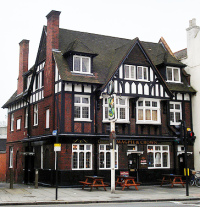 The Magpie and Crown